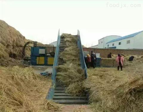燕麦草打包机