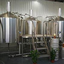 日产500L酒店精酿啤酒设备